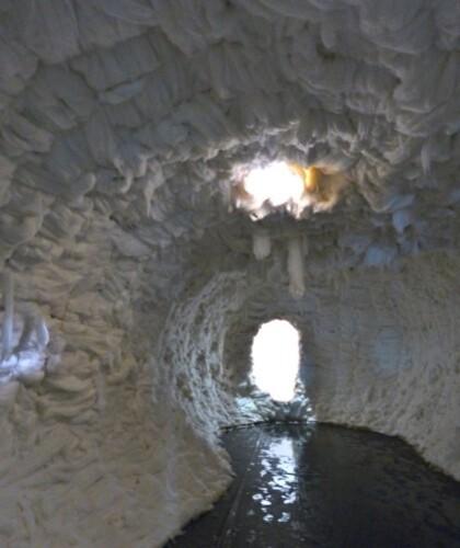 Blazy grand restaurant grotte intérieur 1