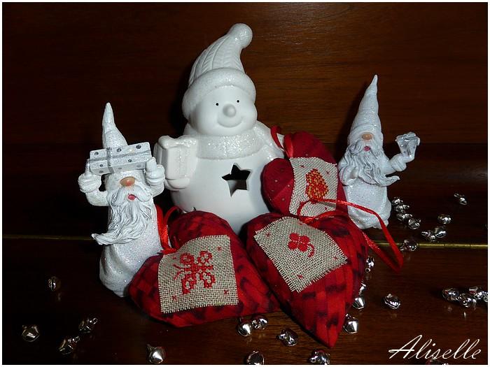 Mes petits coeurs de Noël