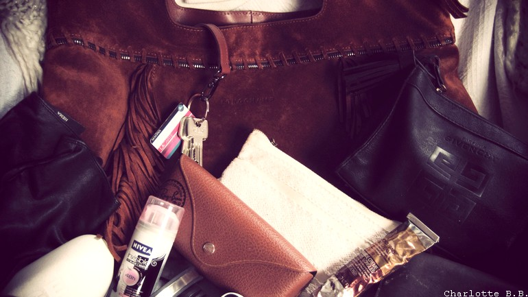 What's in my bag !?