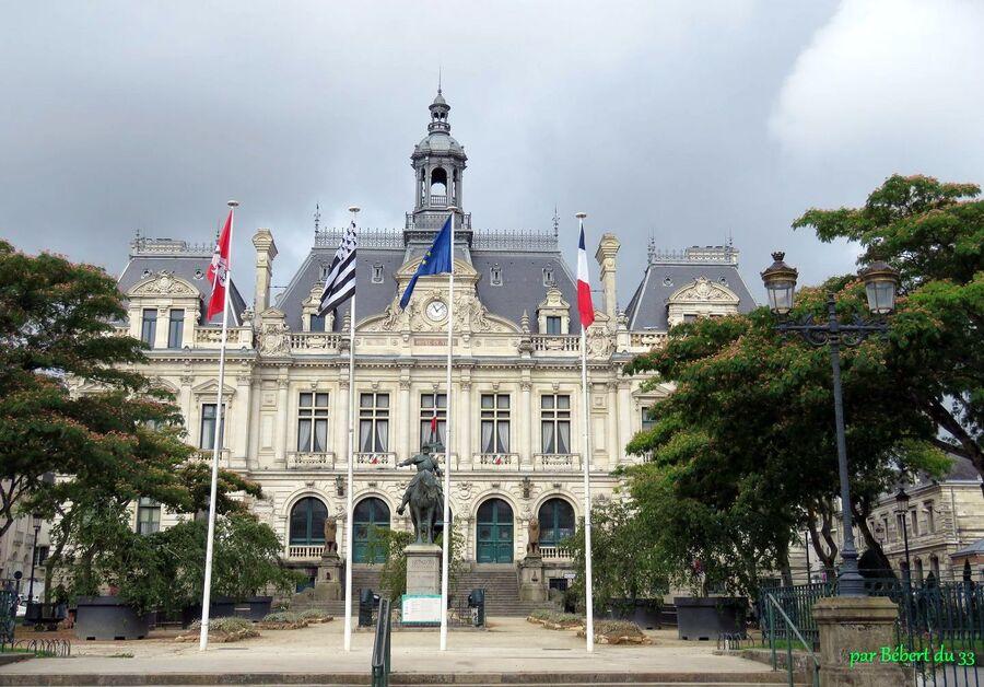 Vannes , la Mairie - 2
