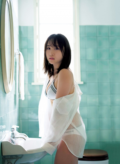 WEB Magazine : ( [FRIDAY Digital - Gravure] - |FRIDAY - 04/05/2018 - Juri Takahashi : AKB48 高橋朱里 冷静と情熱| )