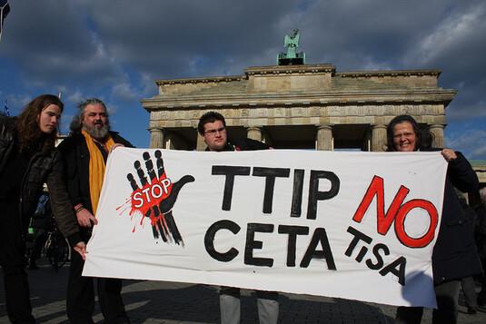 Silence Radio | L'Uruguay fait l'impensable et rejette le TISA, équivalent du Tafta