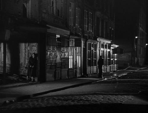 Un homme marche dans la ville, Marcel Pagliero, 1949