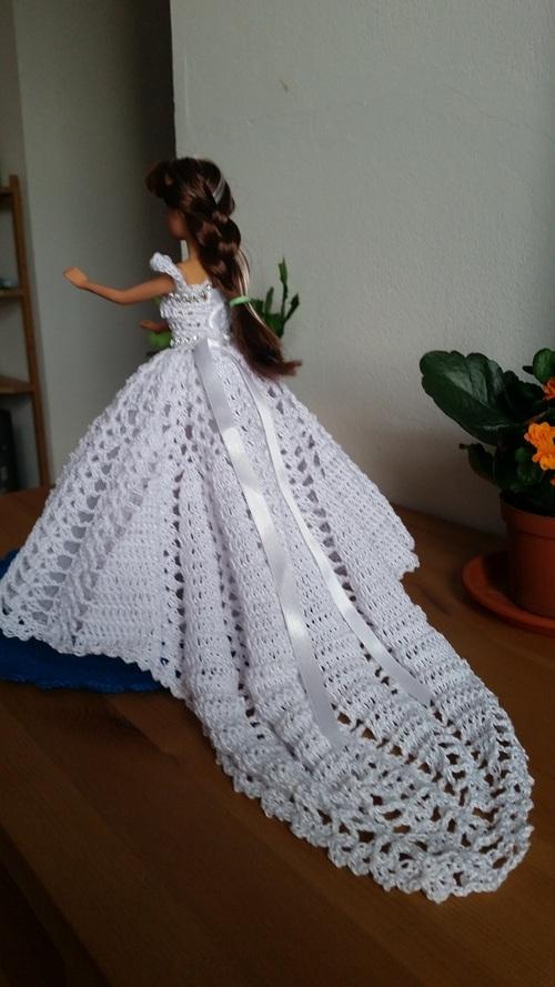 Manuela se marie