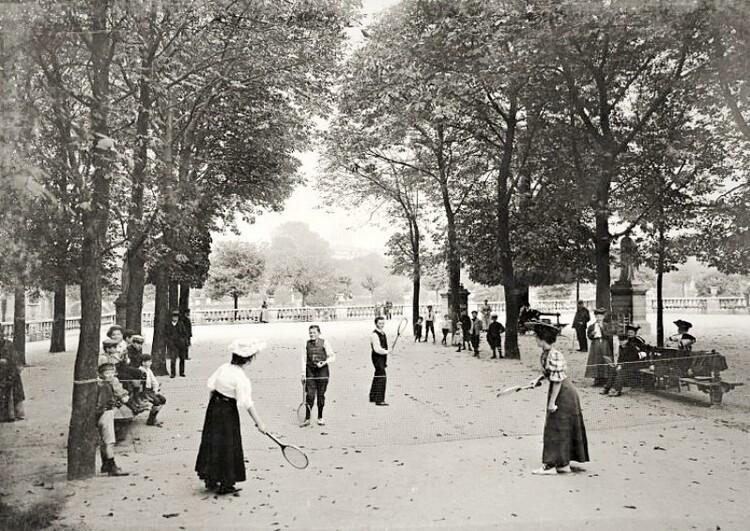 Les élégantes du Jardin du Luxembourg  (3/3. Photographies)