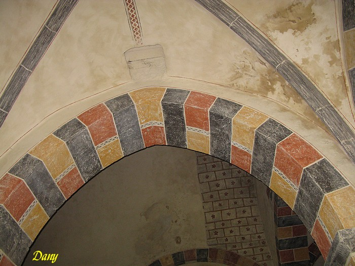 Puy-de-Dome, St-Victor-la-Riviere 63790-2