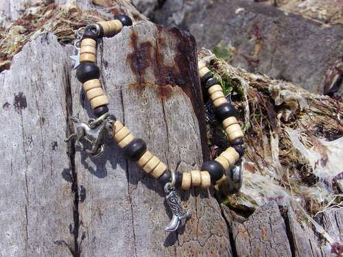 Bracelets country