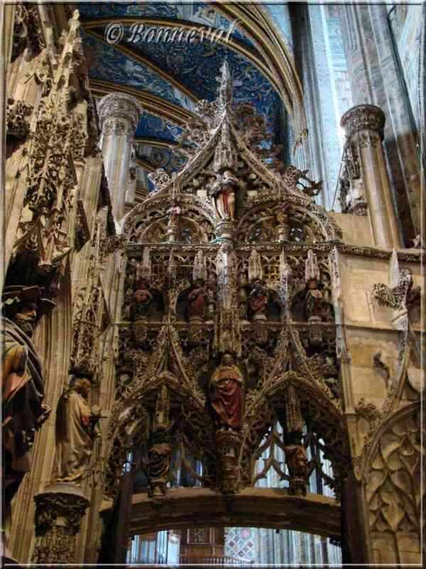 Cathédrale Sainte-Cécile d'Albi le Jubé porte de droite vue de l'extérieur