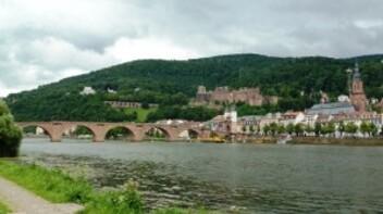 157-vieux pont et chateau à Heidelberg