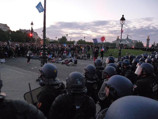 Violences policières: « Tout est mis en place pour que ça dégénère »