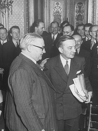 joel-yale-ernest-bevin-and-georges-bidault-attending-the-si