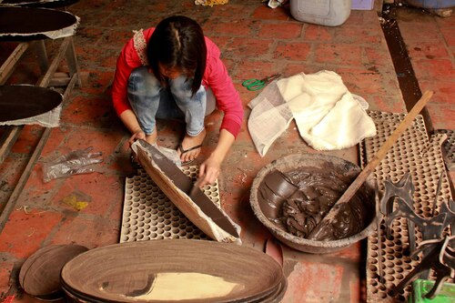 Villages d'artisans 5: La laque de Ha Thai