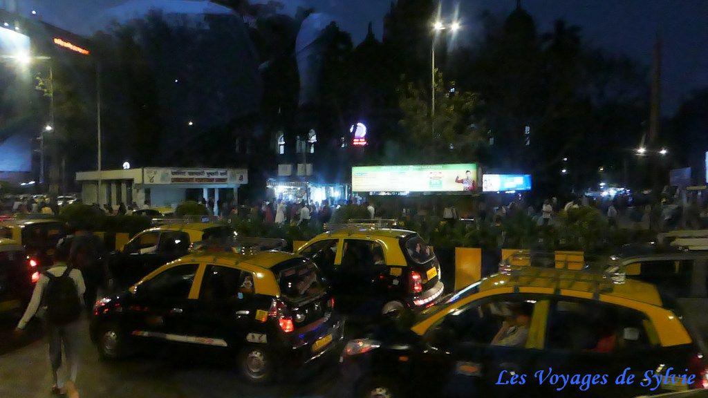 INDE - BOMBAY - MUMBAY - DE NUIT