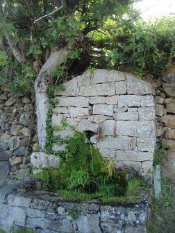 Source bâtie à Lozzi