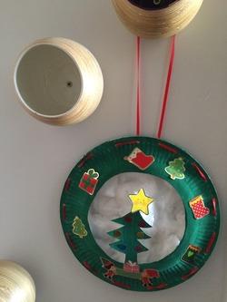 Couronne de Noël (assiettes carton)