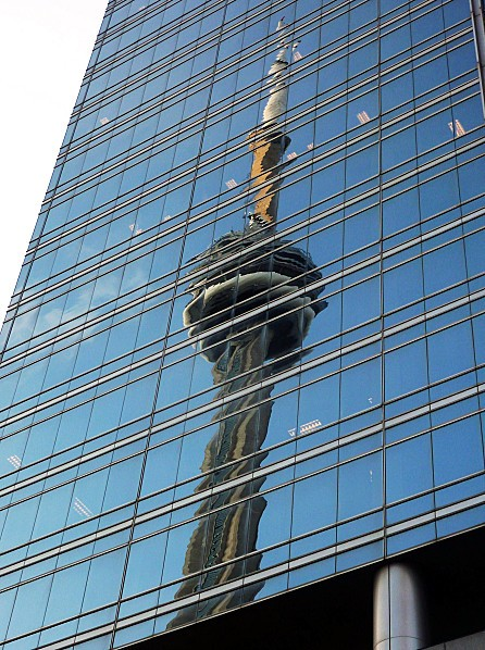 Toronto CN Tower reflet