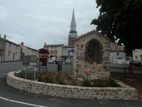 Saint-Clémentin, le curé Larc, les colonnes infernales....