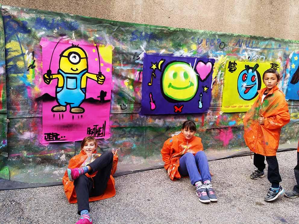 Stage Graff  Dessin Bombe De Peinture Et Fresque Pour Un Groupe De