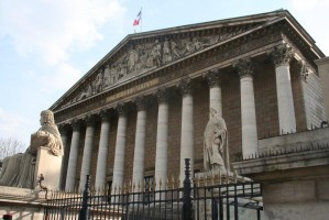 68590-assemblee-nationale-hadopi.jpg