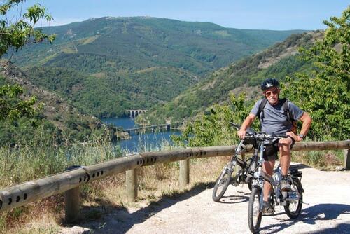 Vue sur le lac de Villefort