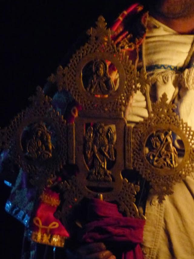 Yemrehanna Krestos; portrait du diacre qui garde cette église orthodoxe;