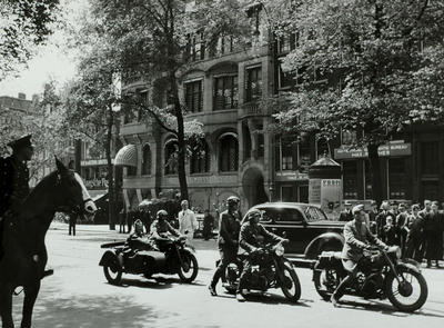 1940-05-15 - Amster…