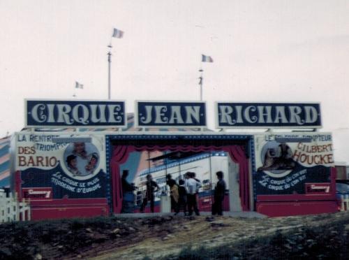 création du cirque Jean Richard en 1968-1969
