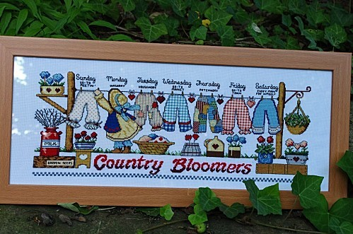 Country-Bloomers.JPG
