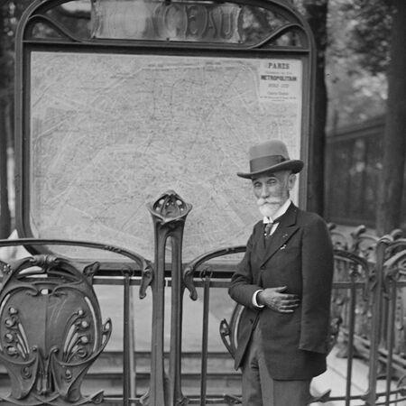 L'histoire du premier métro parisien en 1900