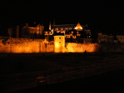 Vannes by night