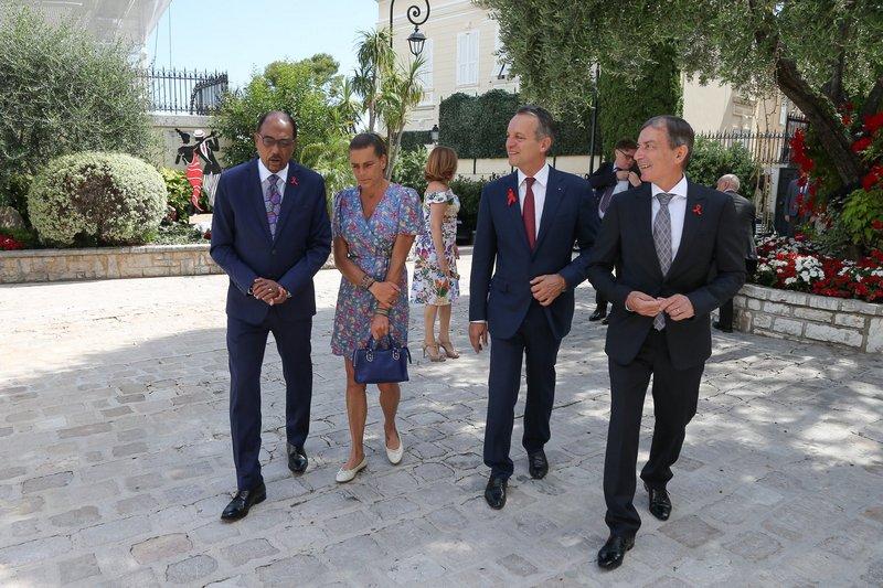 Vers Monaco sans Sida