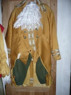 Costumes pour les fêtes de Sully
