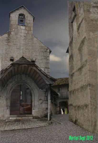 Chapelle-du-chateau-de-Gruyere.jpg
