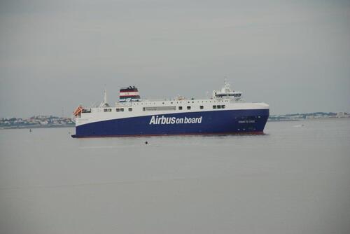 Bateau transporteur de pièces pour Airbus