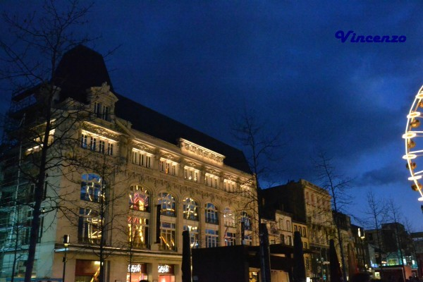 CLERMONT-FERRAND Place de Jaude