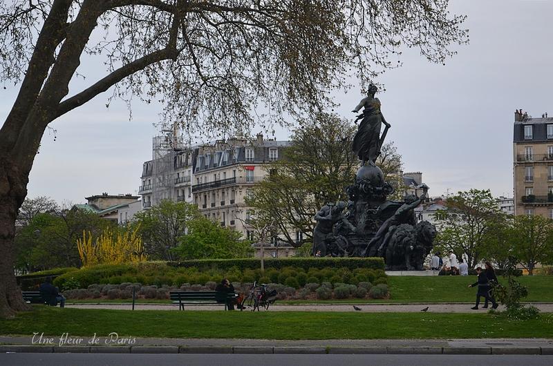 """Place de la Nation ou la place de la """"Grande Terreur"""""""
