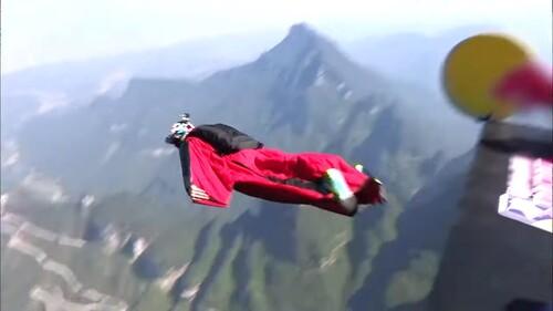 WINGSUIT - Incroyables fous volants  (Sport Extrême)