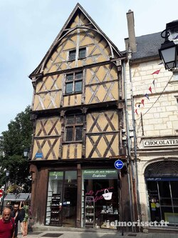 E 26 de Sainte Solange à Bourges