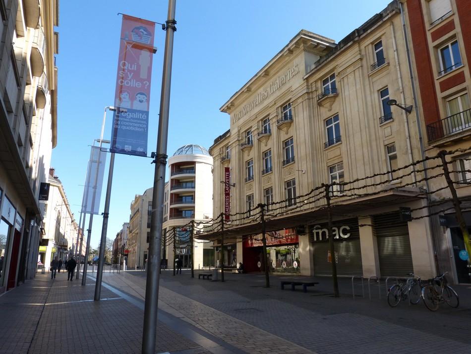 Amiens, en ville, le dimanche ...
