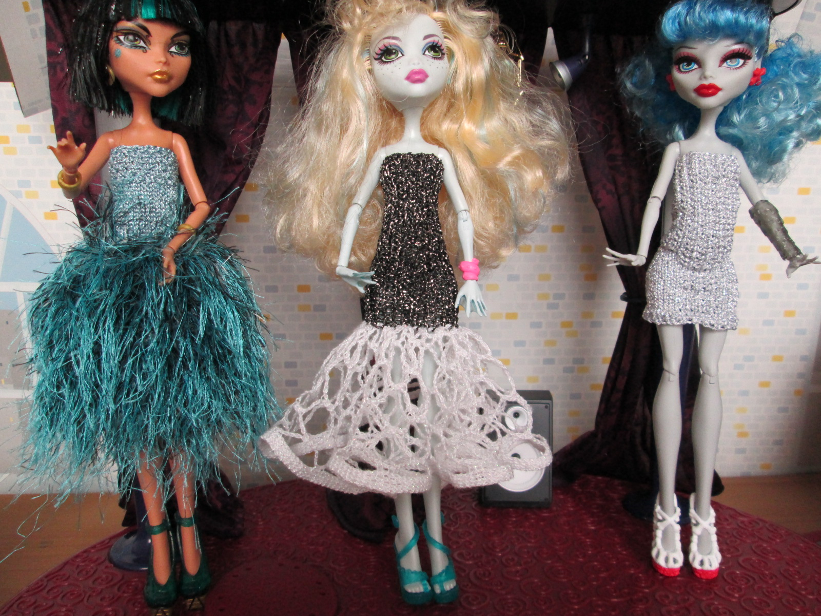 Robes pour monster high carlycreations - Tenue monster high ...