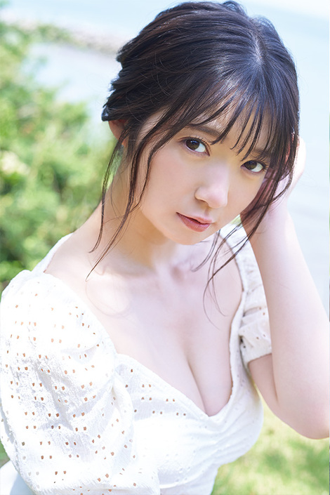 Magazine : ( [Young Gangan] - 2020 / N°15 - Riko Yamagishi & Komaki Mineshima Staring )