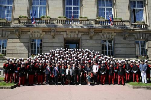 * Hommage des Saints Cyriens à leur parrain de promotion, le général Bernard-Saint Hillier (1911-2004)
