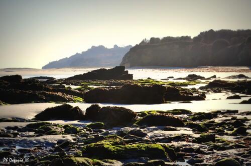 Groix... La mer câline l'île...