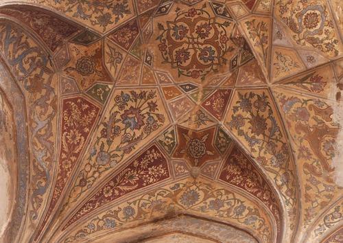 Mausolée d'Itimah-ud-Daulah; les décors muraux en grès rouge