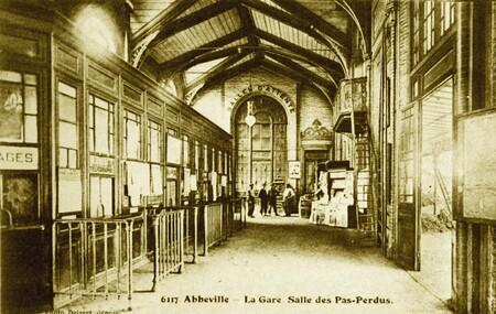 Le premier train entre Amiens et Abbeville.