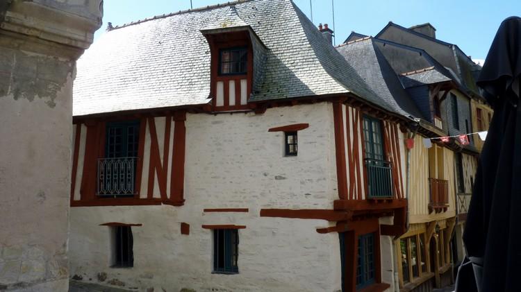 Rue d'Embas