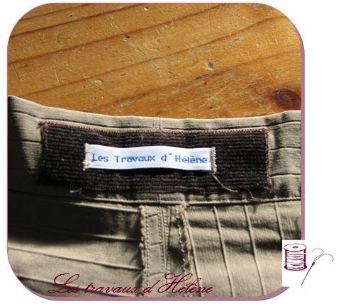 Jupe asymétrique détail étiquette