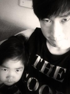 112379-tablo-picture-with-daughter-haru.jpg