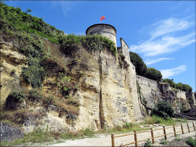 Photo des remparts de Bourg sur Gironde
