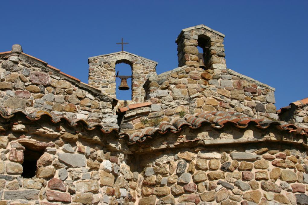 Six fours les plages : La chapelle de Pépiole